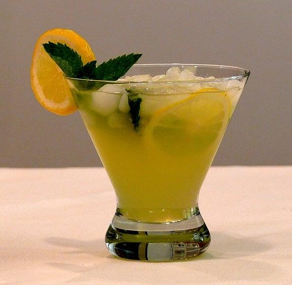 Limoncello Drinks: Limoncello Lemonade