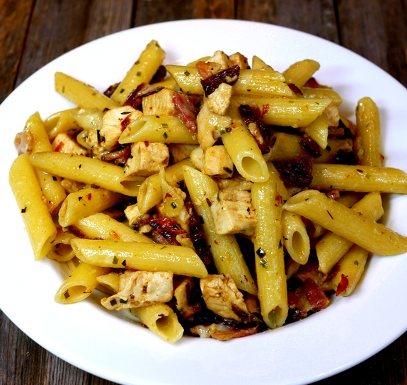 Rustic Chicken-Bacon-Sun-Dried Tomato Penne Pasta | Noble Pig
