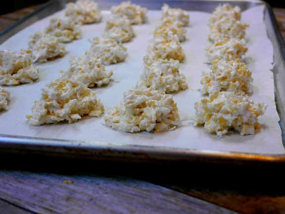 Rice Krispie Coconut Snowballs Baking Tray