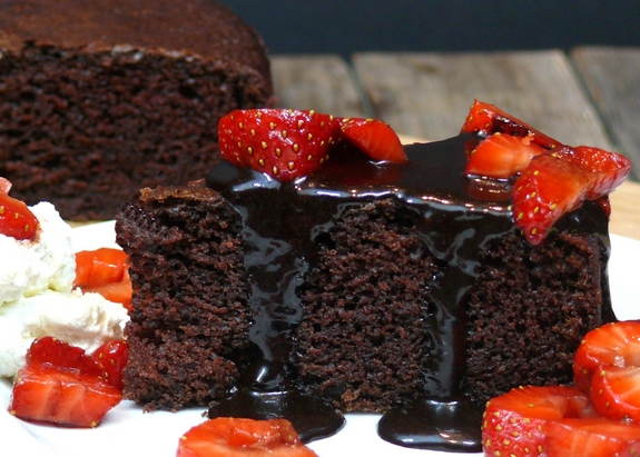 Six Minute Chocolate Cake with Chocolate Balsamic Icing
