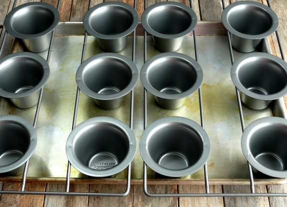 Classic Popovers  2 Chicago Metallic Pans