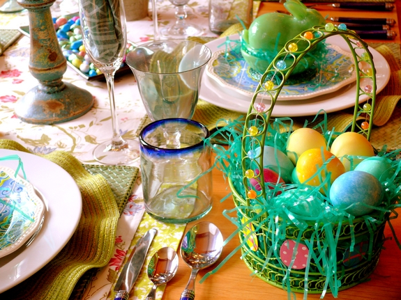 Easter Table Eggs