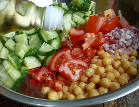 Cumcumber Tomato and Garbanzo Bean Salad rice vinegar