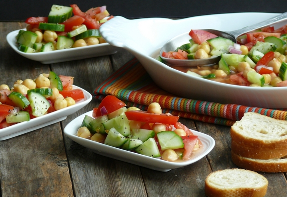 Cumcumber Tomato and Garbanzo Bean Salad serves 4