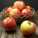 Sweet-Potato-and-SweeTango-Apple-Soup-apples1
