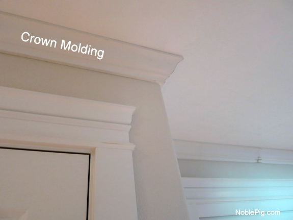 Noble Pig Crown Molding