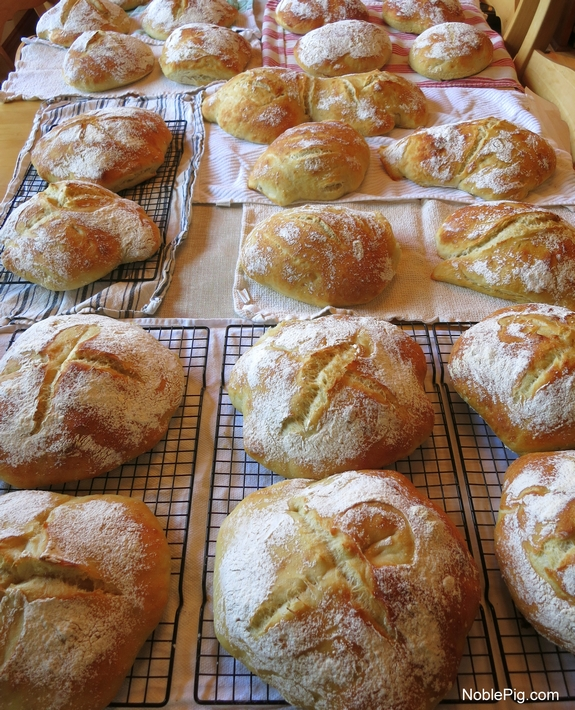 Wedding Bread Noble Pig