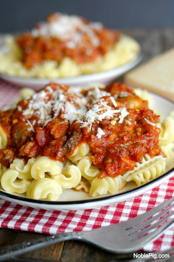 Quick Weeknight Tomato Sauce With Pasta Recipes — Dishmaps