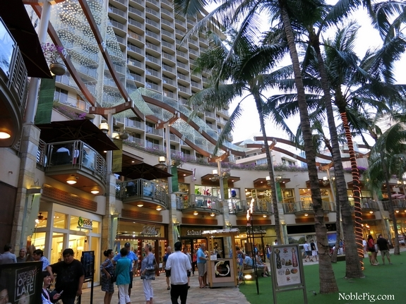 Embassy Suites Waikiki Beach Walk 1