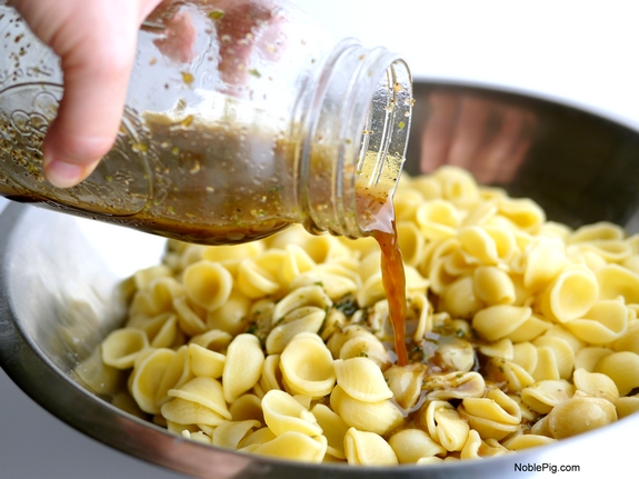 Greek Pasta Salad dressing