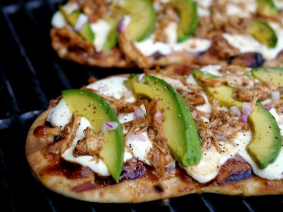 Grilled-Avocado-Barbecue-Chicken-Naan-Pizza