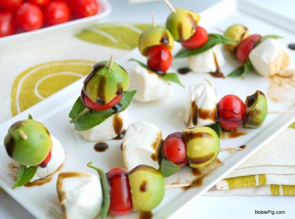 Avocado Caprese Bites its the perfect afternoon snack