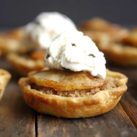 Mini Apple Crumble Pies with ice cream on top