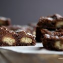 Twix-Candy-Bar-Brownies-Twix-crunchy-in-the-center