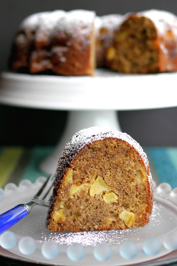 Cinnamon Apple Bundt Cake theres nothing not to love