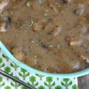 Super-Easy-Mushroom-Gravy-tastes-delicious