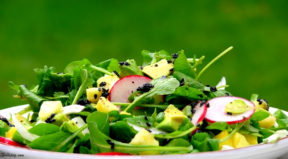 Pineapple-Fennel Salad with Ginger-Sesame Dressing