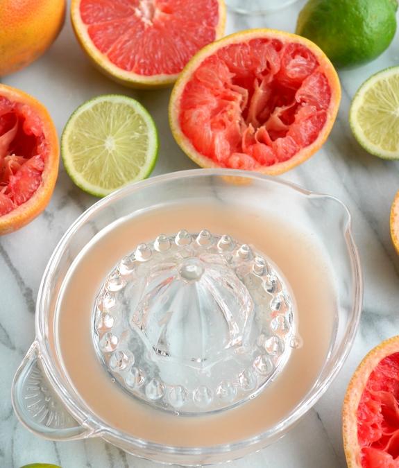 Grapefruit Cranberry Martini from NoblePig.com.