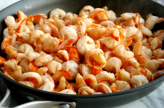 Spicy Thai Shrimp Pasta