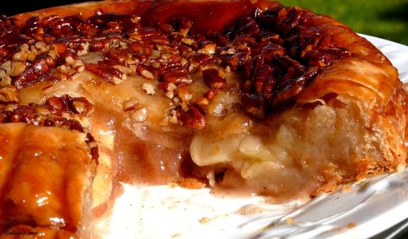 Upside Down Apple Pie | Noble Pig