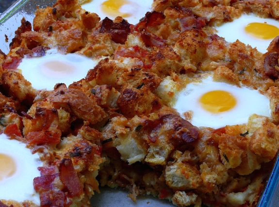 Bacon, Tomato and Cheddar Breakfast Casserole with Eggs | Noble Pig