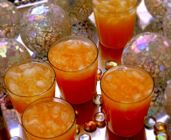 This drink will give your party a punch!