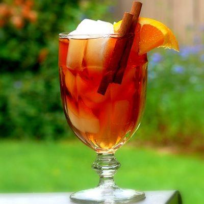 Kuwaiti Cinnamon-Orange Iced Tea
