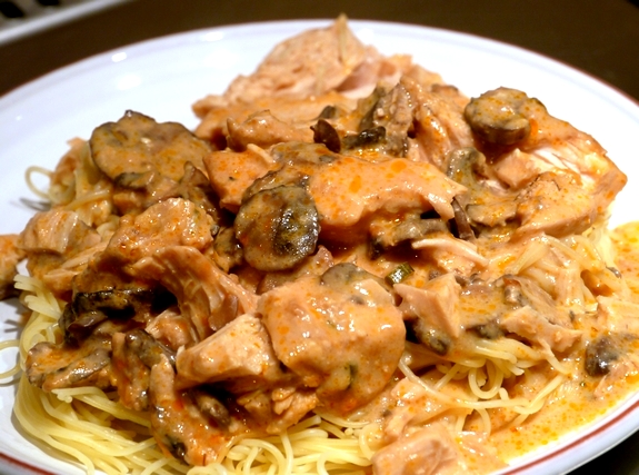 Slow Cooker Super Saucy Chicken Over Angel Hair Pasta Video