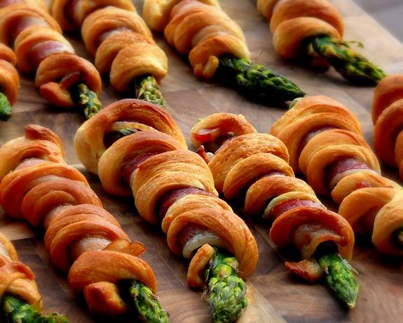 Bacon Wrapped Asparagus Breadsticks