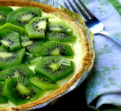 No Bake Kiwi-Lemon Cheesecake