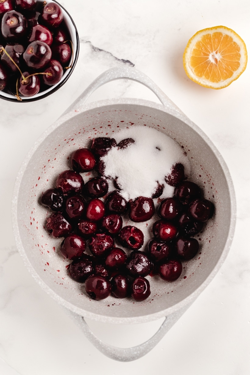 Fresh cherries in a bowl.