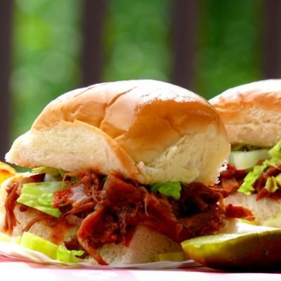 Beef Short-Rib Sliders with Whiskey-Bacon Barbecue Sauce