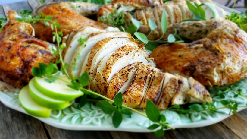 This Mayonnaise Turkey is self-basting, just one of the reasons it is the best turkey you will ever make. Even the juicy leftovers will have you wondering why you've made your turkey any other way. #turkey #mayonnaiseturkeyrecipe #mayonnaiseturkey #mayonnaisethanksgivingturkey #turkeyrecipes #thanksgivingturkey #juicythanksgivingturkey #turkeybrine #juicyturkey