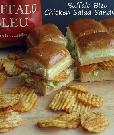 Buffalo Bleu Chicken Salad Sandwiches and Packing the Perfect Picnic
