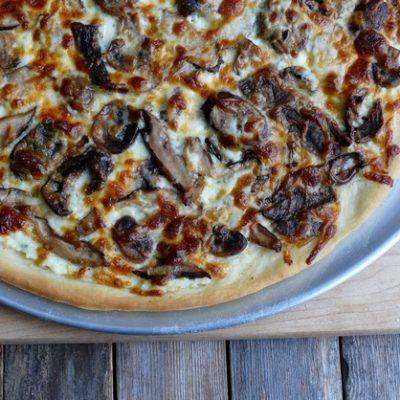 Cheesy Four-Mushroom White Pizza