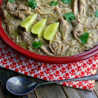 Slow Cooker Pulled Pork Chile Verde + VIDEO