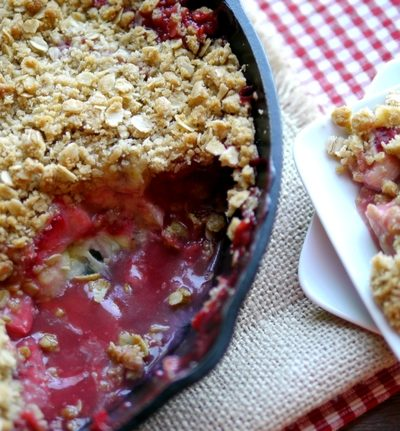 Strawberry-Banana Crumble + VIDEO