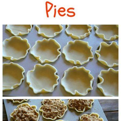 Mini Apple Crumble Pies