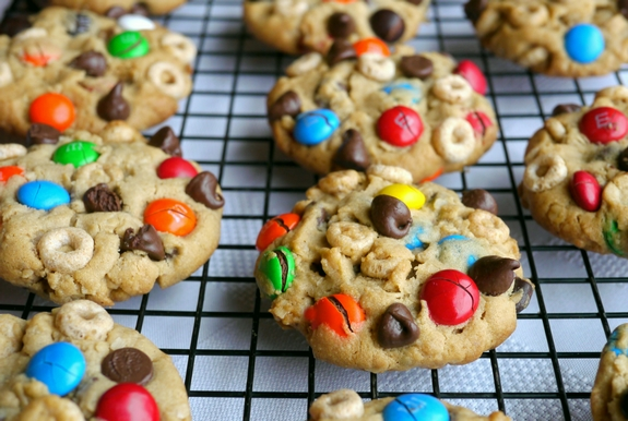 Soft Baked Cheerio Monster Cookies are delicious