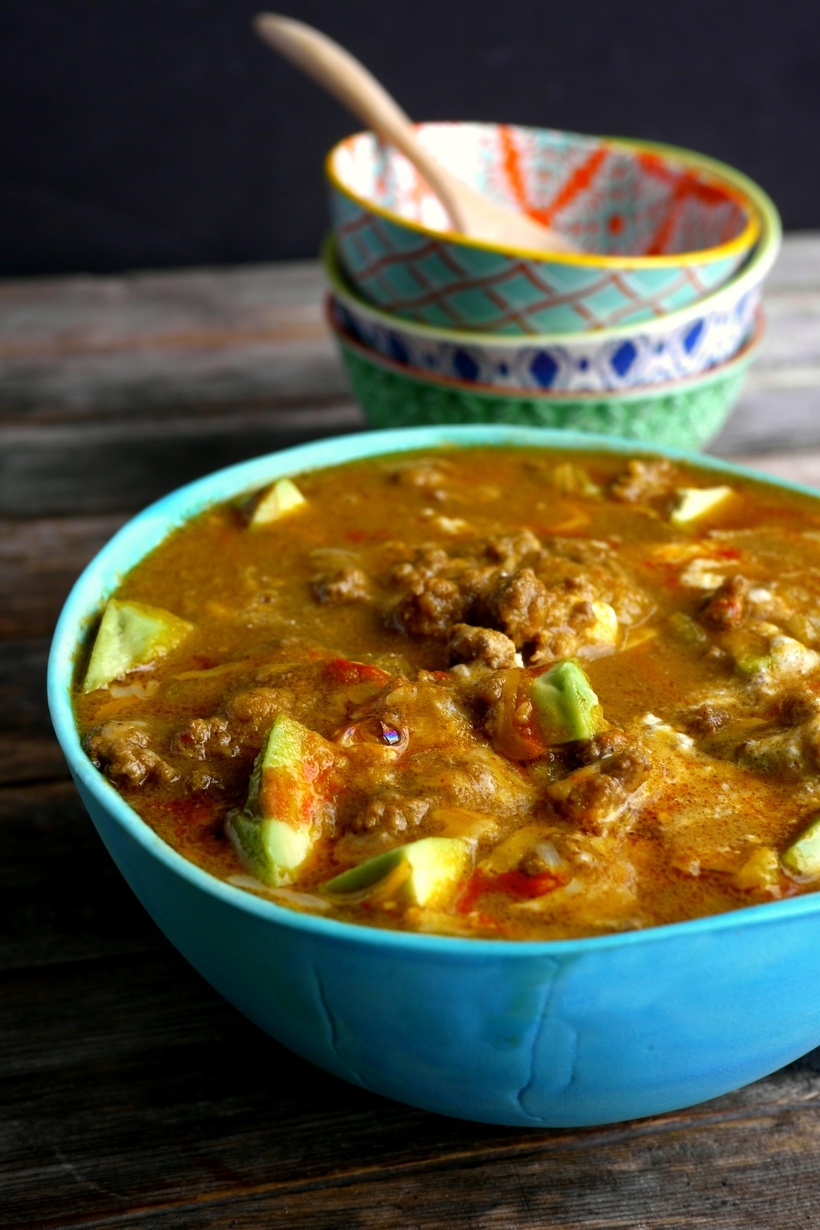 Easy, delicious and ready in under thirty minutes, this Spicy Low Carb Hamburger Soup is a hearty and warming dinner. Since it makes a large batch, there will be enough leftovers for lunches and dinners that week. This soup is keto friendly. #noblepig #keto #ketorecipe #lowcarb #easydinner