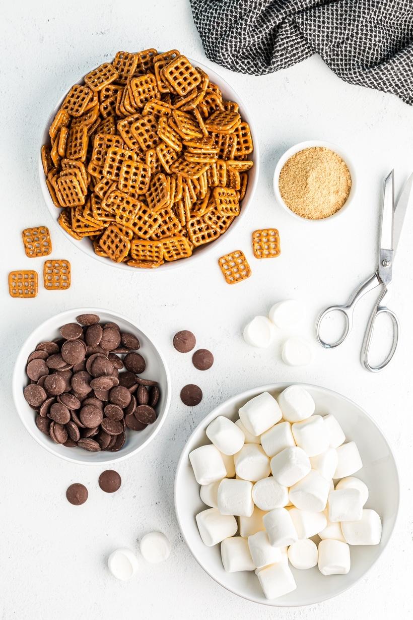 Ingredients for s'more pretzel bites.