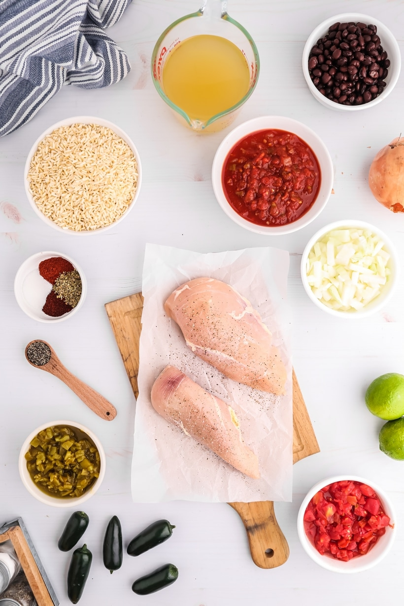 Slow Cooker chicken burrito bowls ingredients