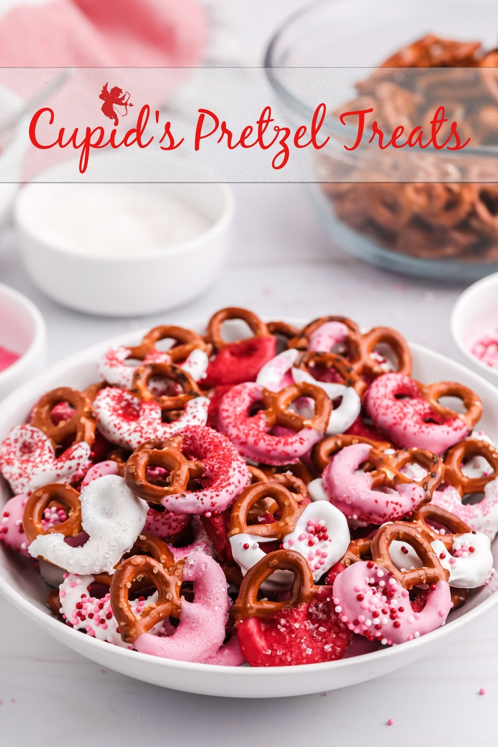 A quick and easy Valentine treat using only three, easy to find ingredients. These festive pretzel bites will put a smile on your Valentine's face with every bite! via @cmpollak1