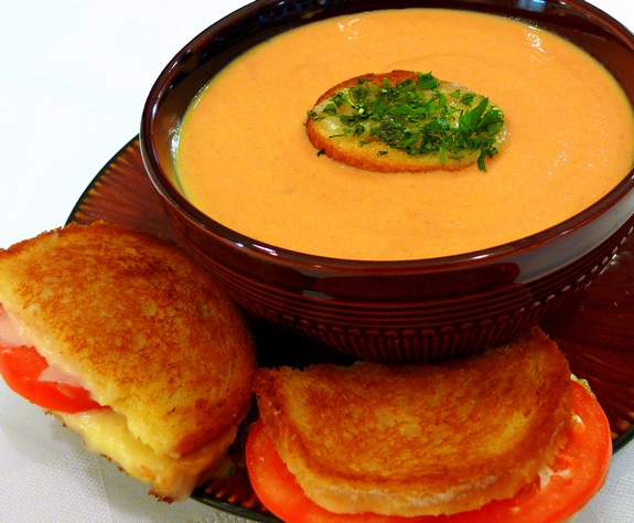 Cream Of Roasted Tomato Soup With Parsley Croutons
