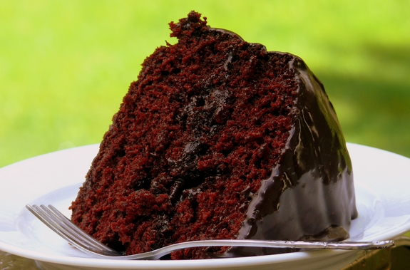 OldFashioned Chocolate Cake with Glossy Chocolate Icing